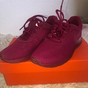 Nike Burgundy Tanjun Women's Shoes